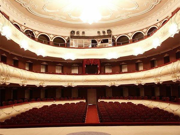 Glumci iz kazališta Taganrog Čehov