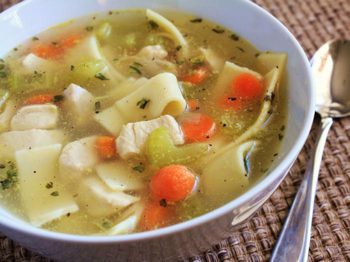 Zuppa di noodles con carne di manzo