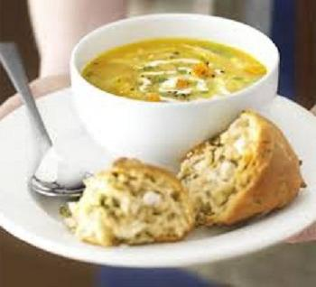 zuppa di pollo con fagioli