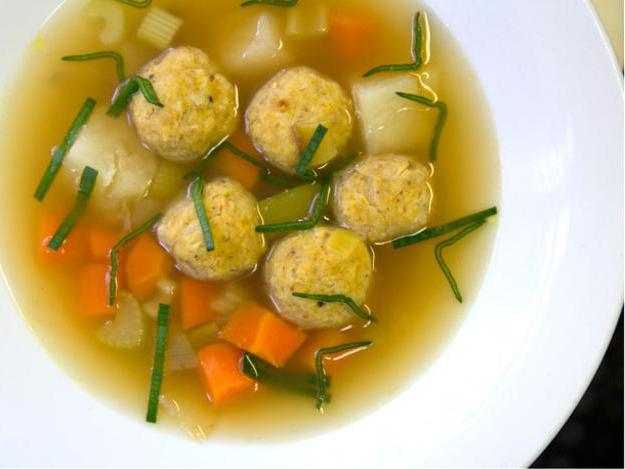 kako kuhati juhu s knedlama piletina recept