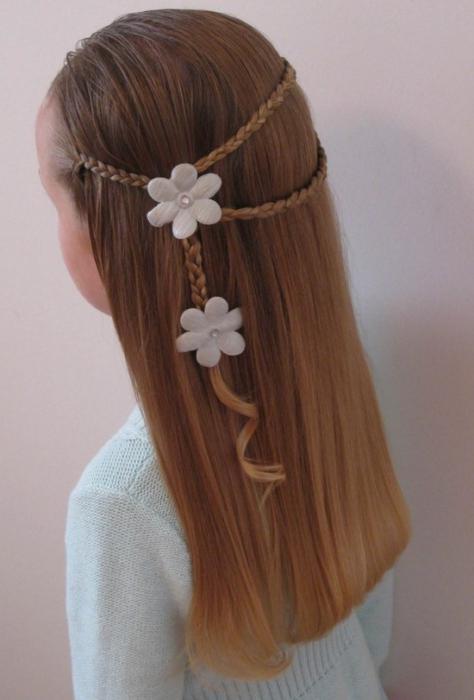 Новогодишња фризура за средњу косу