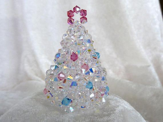 tessitura albero di Natale di perline