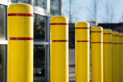 Installazione di bitte di parcheggio