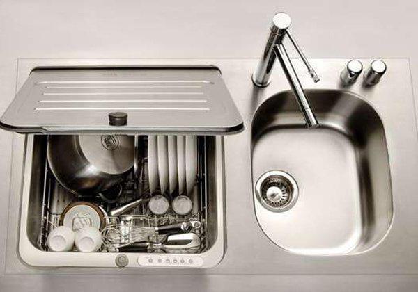 lavastoviglie compatta