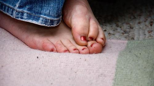 causa dei piedi freddi