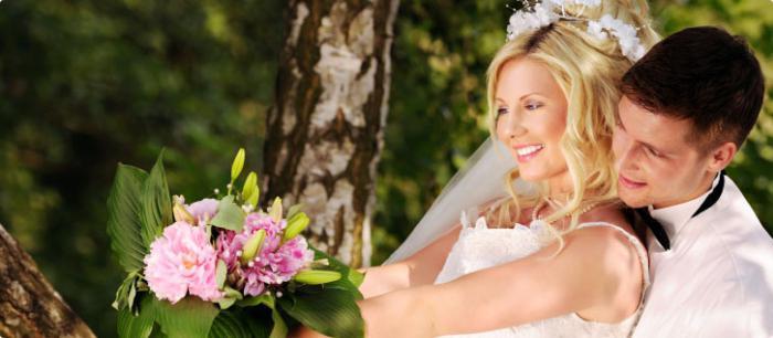 Soutěže pro nevěstu u vchodu