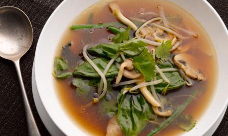 Suha bijela juha od gljiva