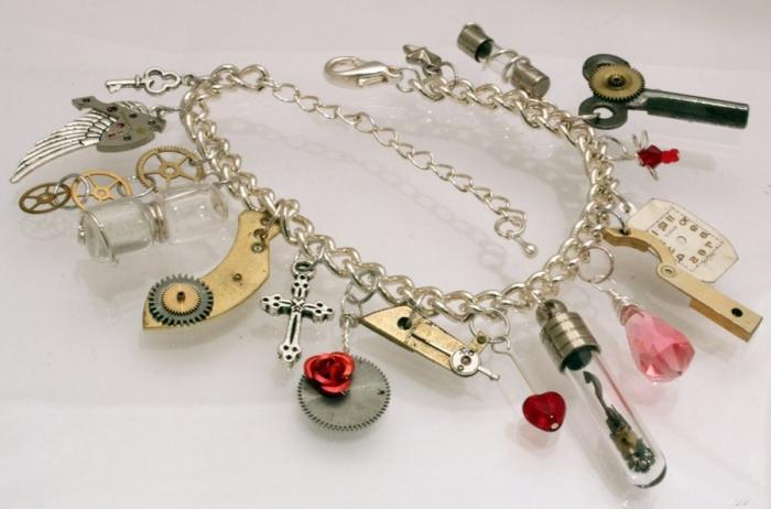 bei braccialetti di perline