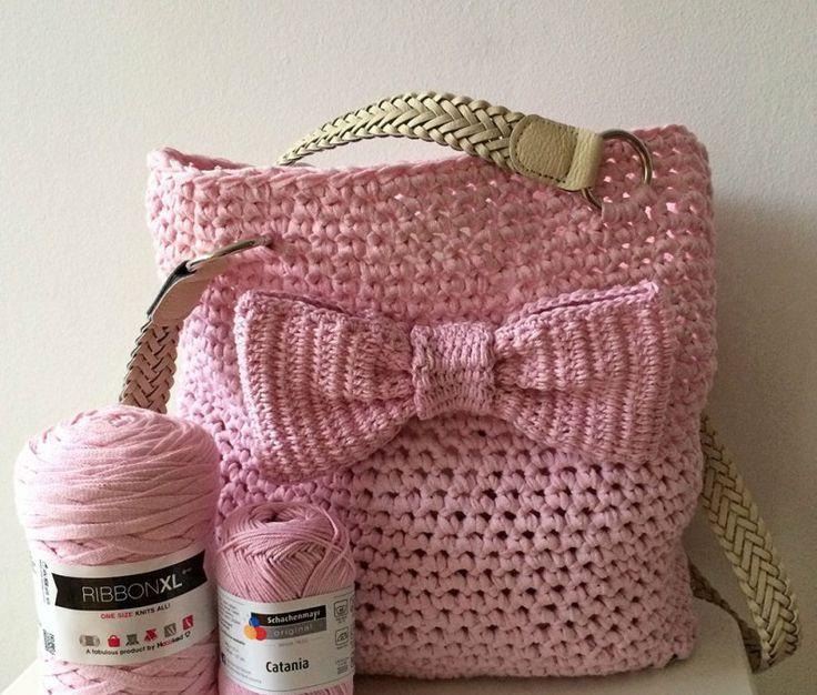 sacchetto di filato lavorato a maglia