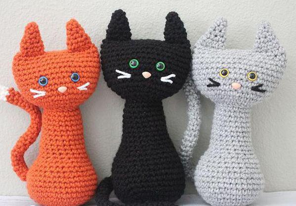 gatto lavorato a maglia