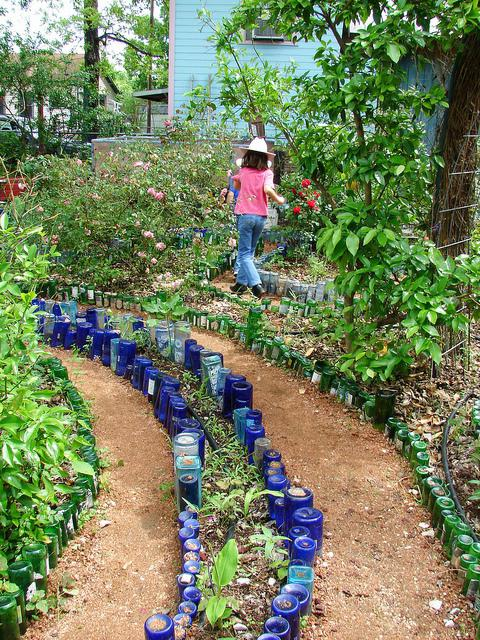decorazione del giardino con fiori