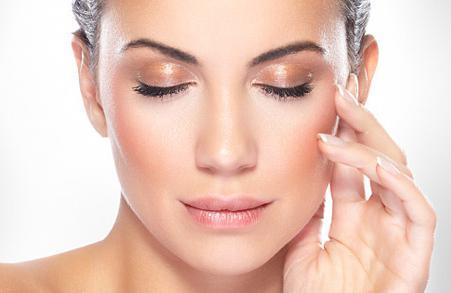 Дълбоки бръчки: как да премахнете бръчките по челото