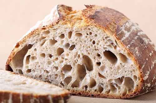 Запечен ръжен хляб