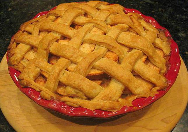 печене с ябълки и извара