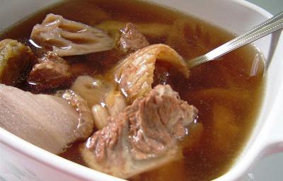 przepis na zupę z grochu wieprzowego