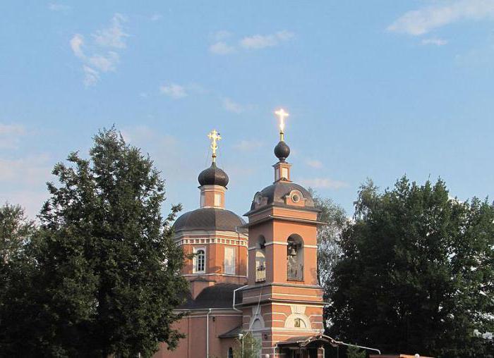 Kostel Narození Panny Marie v Cernevu