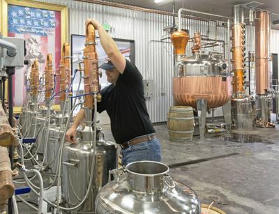 napravo za destilacijsko kolono