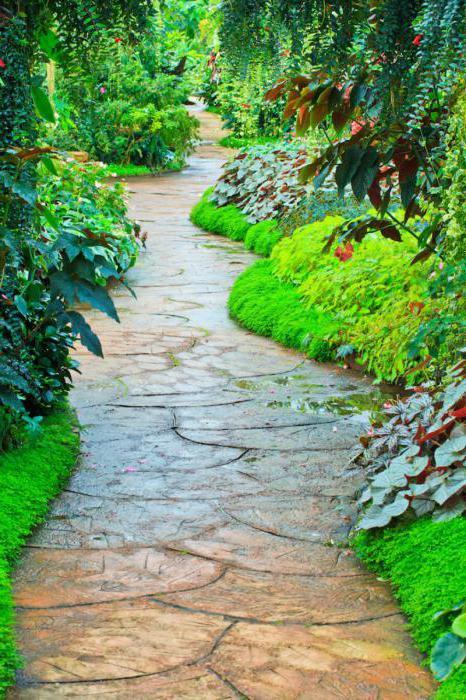 цветни бетони за градински пътеки