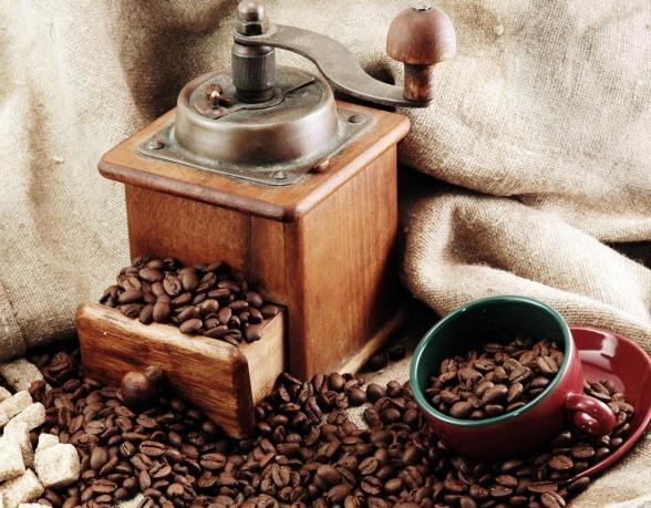 zmelje kavo