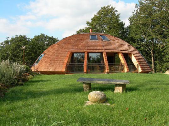 kupole z lastnimi rokami