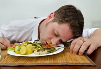 sonnolenza nel pomeriggio dopo aver mangiato
