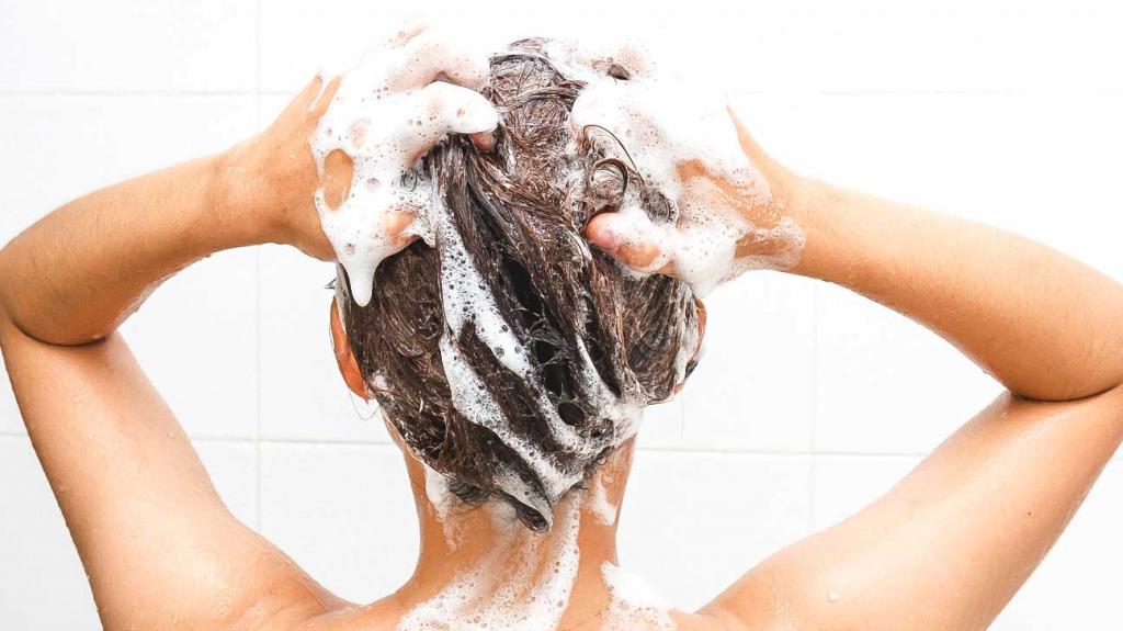 Sucha skóra głowy i swędzenie