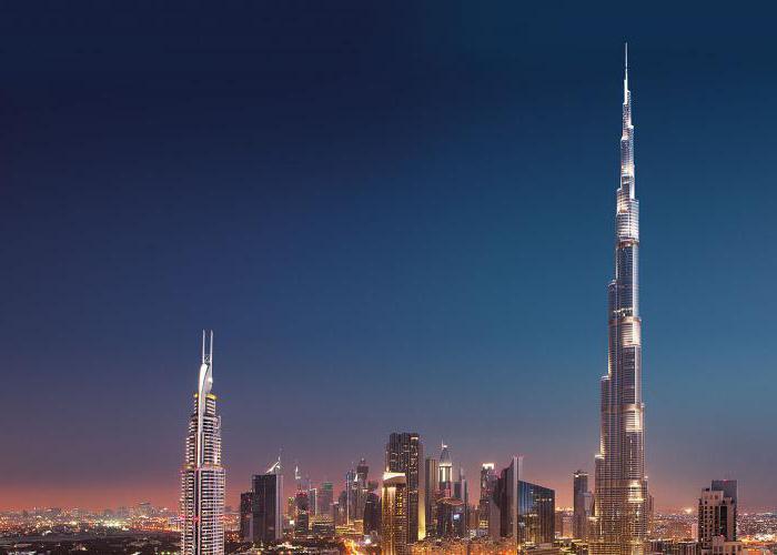 l'altezza del grattacielo Burj Khalifa a Dubai