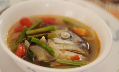 кувајте лососову супу