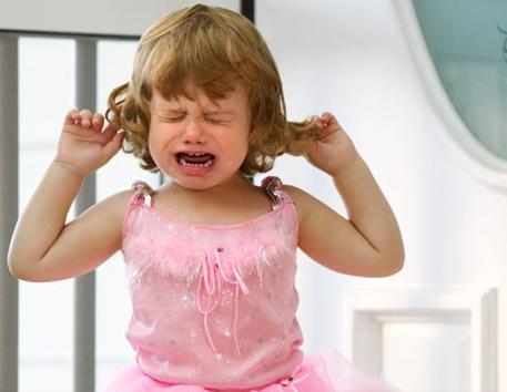 mal d'orecchi nei bambini