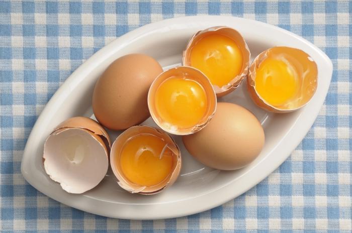Maschere per capelli all'uovo