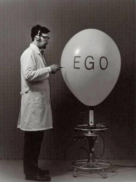 l'uomo è egoista