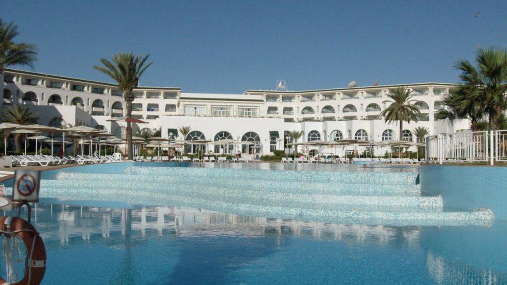Дворецът El mouradi