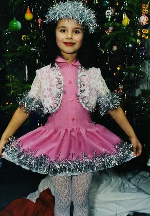 Elmira Abdrazakova v otroštvu