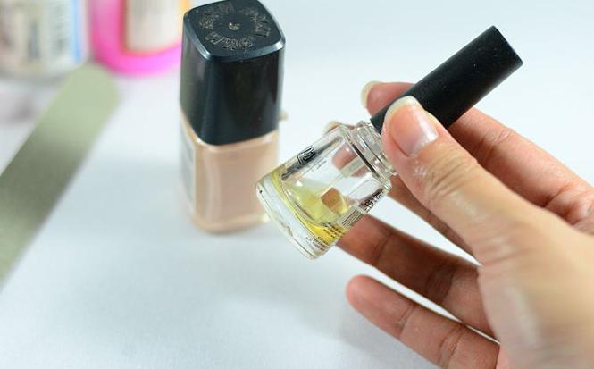 Europejski manicure w domu