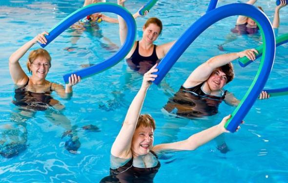 vježbe u vodi za mršavljenje