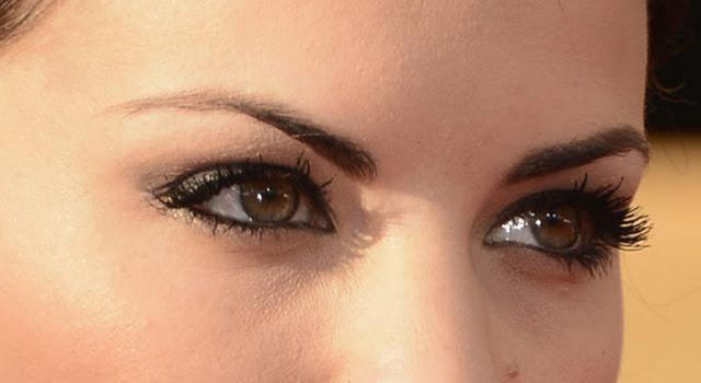 trucco per gli occhi all'eyeliner