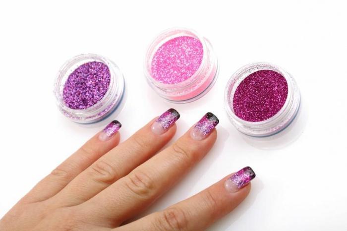 kako lijepiti lažne nokte