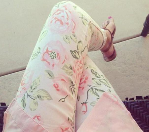 Шта је боље да носите модерне панталоне у боји
