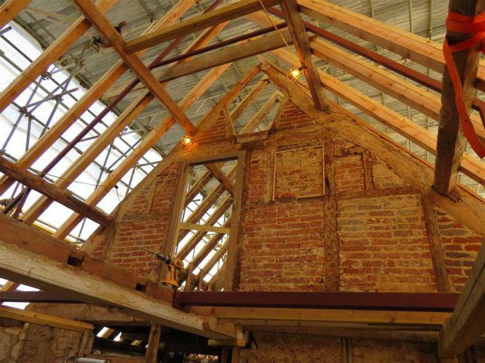 montážní krokve na dvojitou střechu
