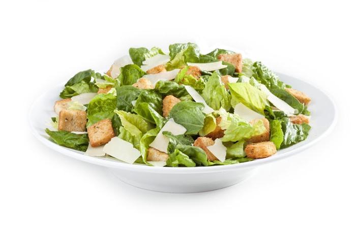insalata con gamberetti e cracker