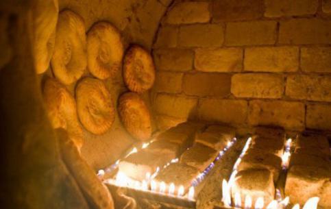 Uzbecké koláče v tandyru