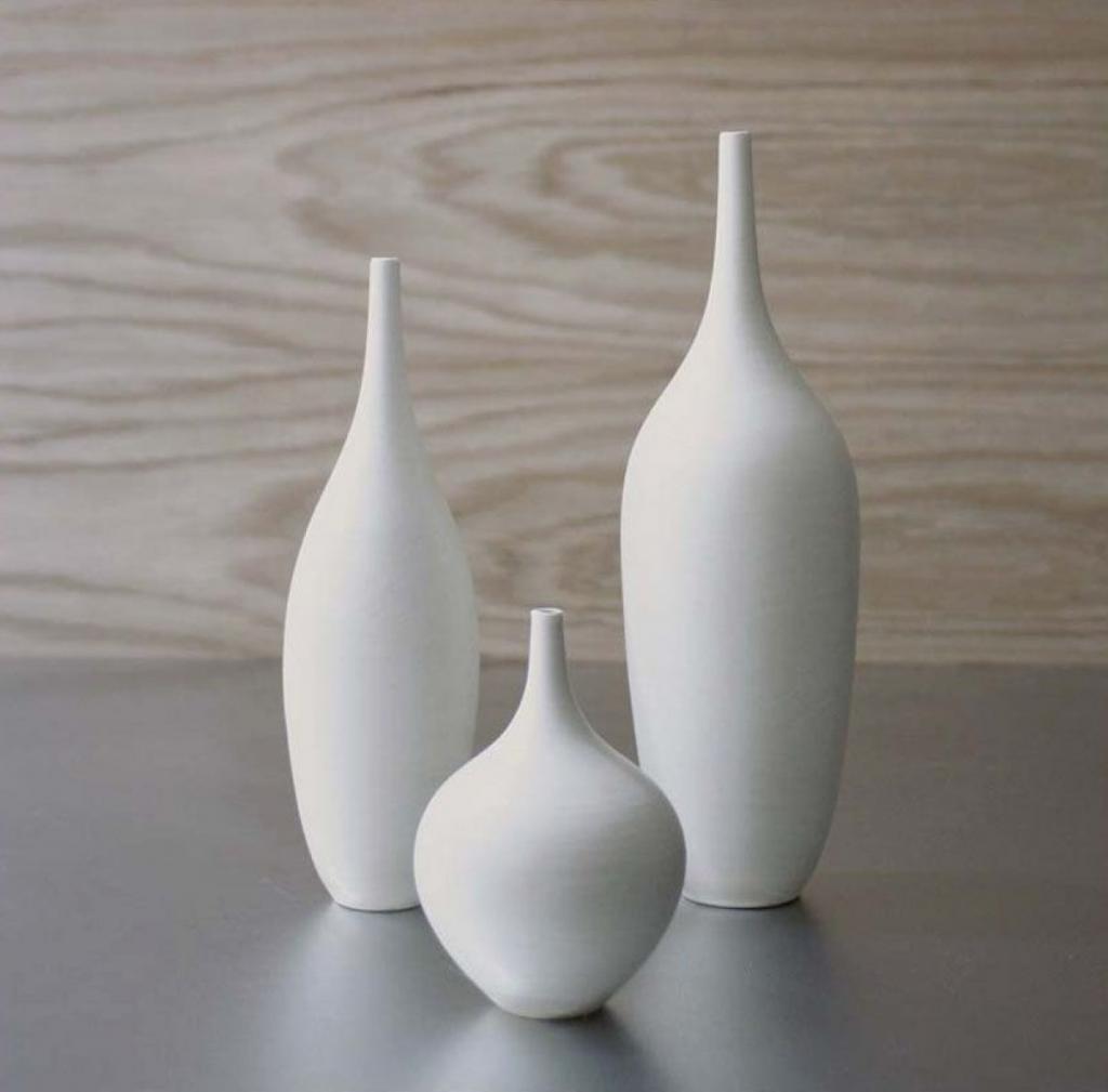 Vasi in ceramica per decorazioni a contrasto