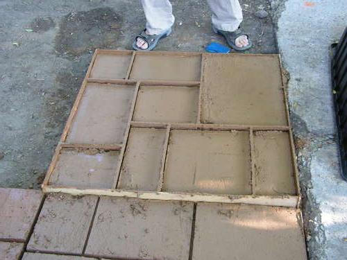 formy plastikowe do płyt chodnikowych