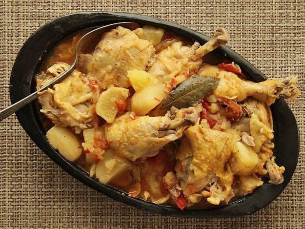 piščančje noge v receptih za lonček