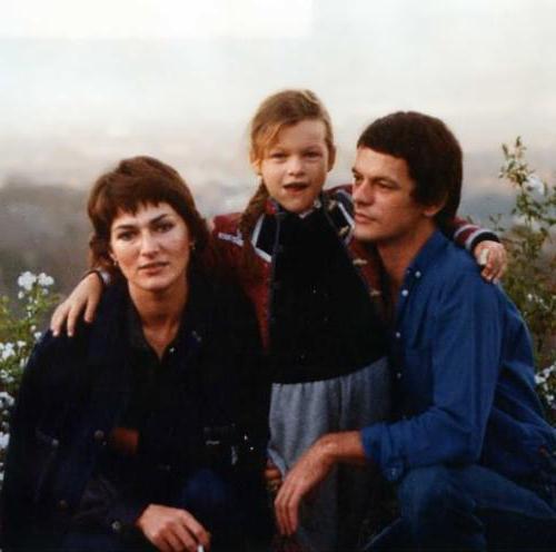 Matka Mila Jovovich Galina Loginova