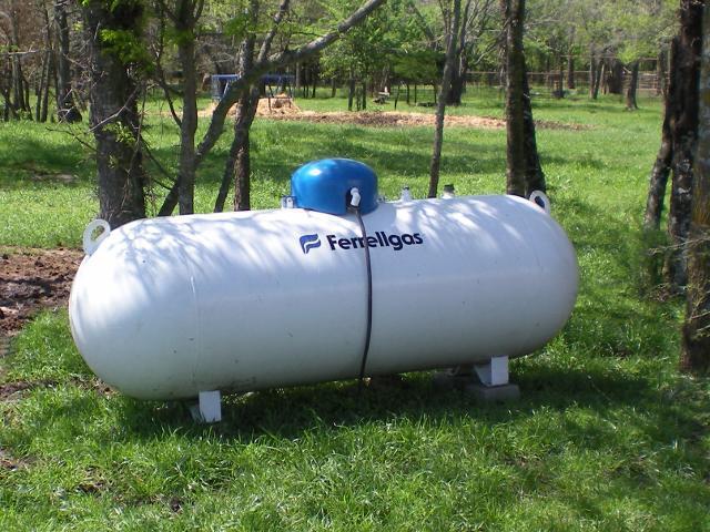 ricarica del serbatoio del gas