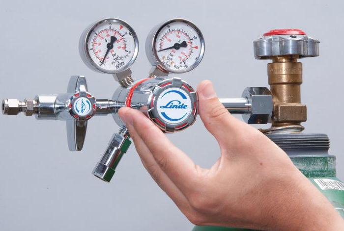 4-cylindrowa rampa gazowa