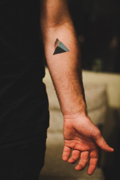 Gatunek Minimalizm Tatuaż W Tym Stylu