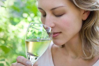 bílé gruzínské víno