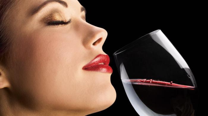 Gruzínské červené suché víno